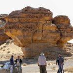 Saudi Arabia plans to resume tourism visas in early 2021