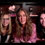 Jennifer Aniston, Courteney Cox and Lisa Kudrow hold mini 'Friends' reunion