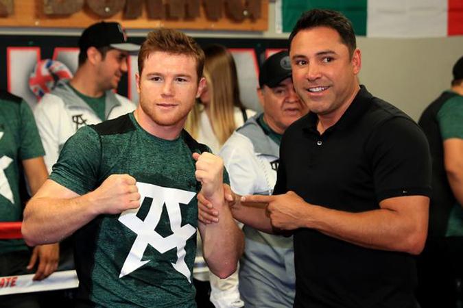 Boxer Canelo Alvarez sues promoter De La Hoya and DAZN streaming