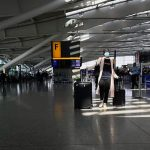 Eyeing tough winter, airlines push for tests over quarantines