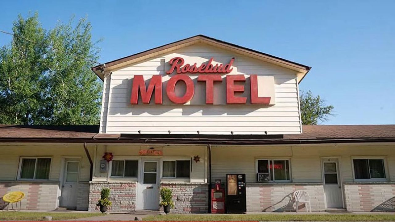 Remember Rosebud Motel in 'Schitt's Creek'? It is going up for sale - Daily  Times