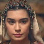 Ertugrul's Gokce Hatun honoured for her services to Turkish cinema