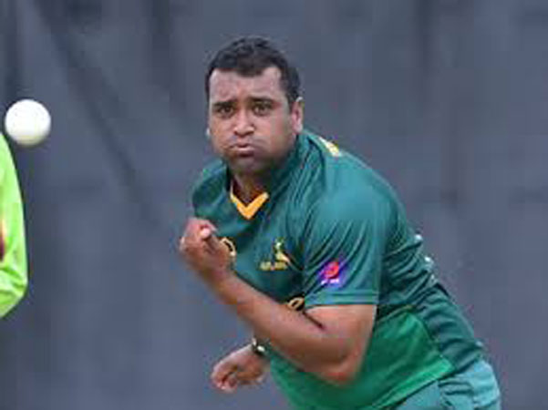 Samit Patel arrives in Pakistan for PSL playoffs