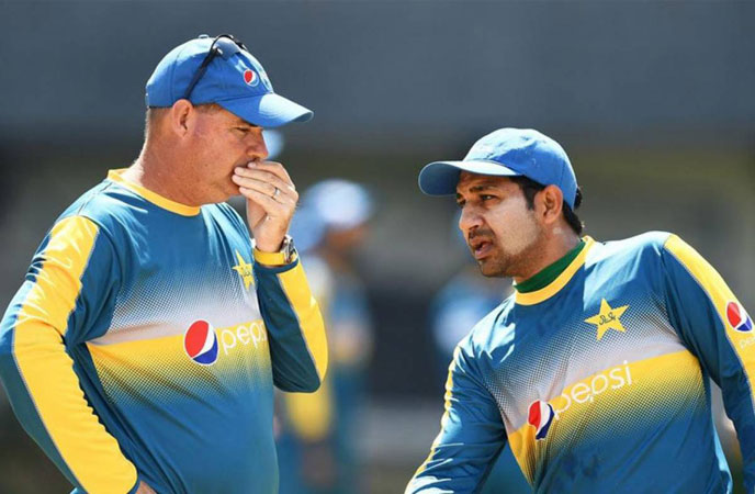 Sarfraz Ahmed is a different captain than others: Mickey Arthur