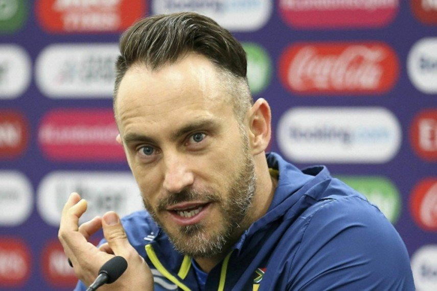 Du Plessis retires