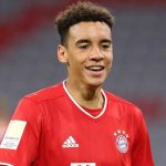 Bayern teenager Musiala signs first pro contract to 2026