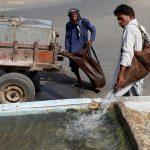Pakistan's water bearers quench thirst in Ramazan, but fear for their trade