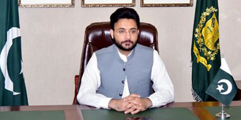 Health cards, housing project help address people's problems: Farrukh