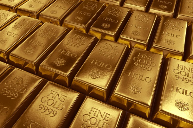 Gold prices rise by Rs1550