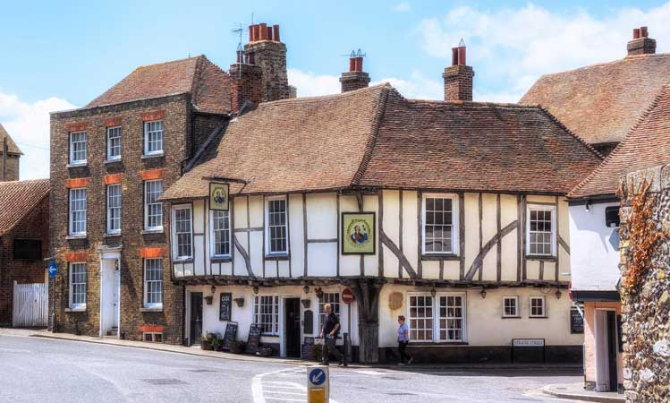 Sandwich? Tuck in! Revealing the delights of one of the best-preserved medieval towns