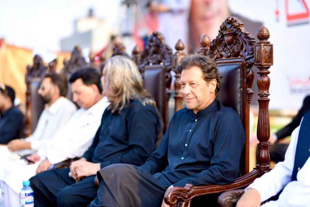 PM Imran Khan promises referendum for Kashmiris if they wish independence