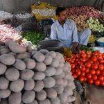 Karachi witnesses sharp week-on-week increase in food inflation