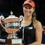 Collins clinches first WTA title after tough year