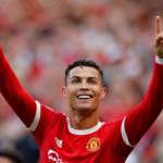 Ronaldo takes Manchester United joint top