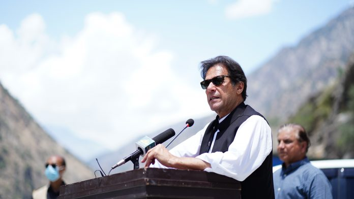 PM directs provincial govts to resolve issues of farmers on priority