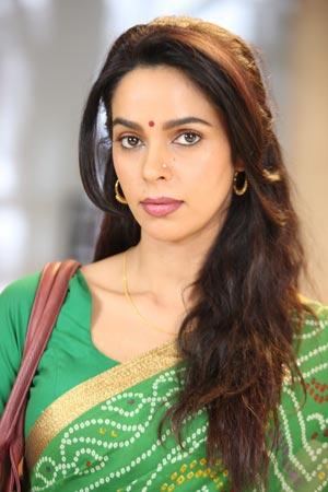 First-Look-Of-Mallika-Sherawat-Starrer-DIRTY-POLITICS_8.jpg