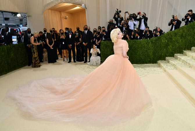 US singersongwriter Billie Eilish arrives for the 2021 Met Gala at the Metropolitan Museum of Art on September 13 2021 in New York. resize