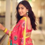Sara Ali khan criticised for giving Rs 10 to a beggar