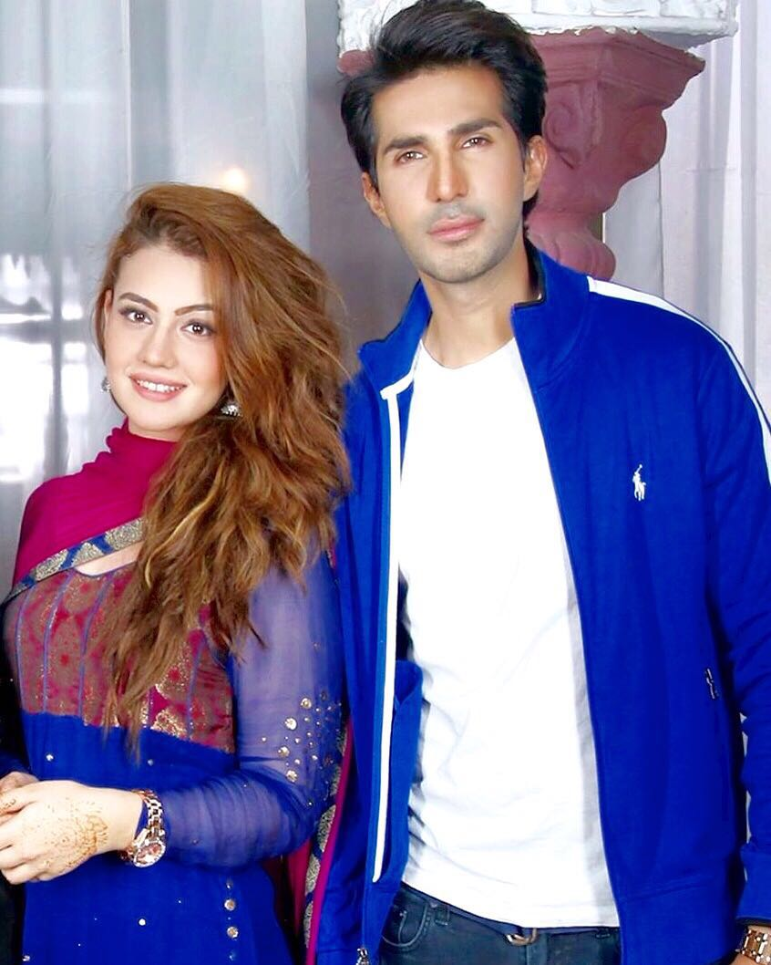 Zara with her co-actor Adeel Chaudhry on the sets of Dharkan.